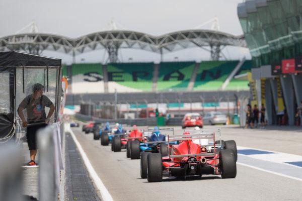 Pitlane - Formula Masters China Series Sepang at Sepang International Circuit - Malaysia